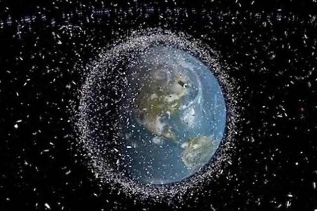 space_debris_around_earth-640x640