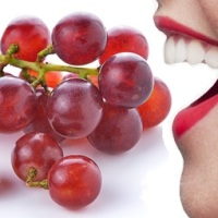 12  Grapes!